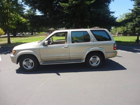1998 Infiniti QX4 for sale at TONY'S AUTO WORLD in Portland OR