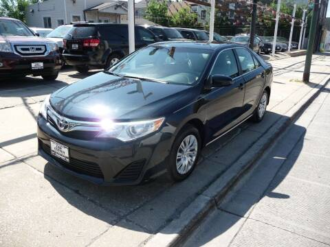 2013 Toyota Camry for sale at Car Center in Chicago IL
