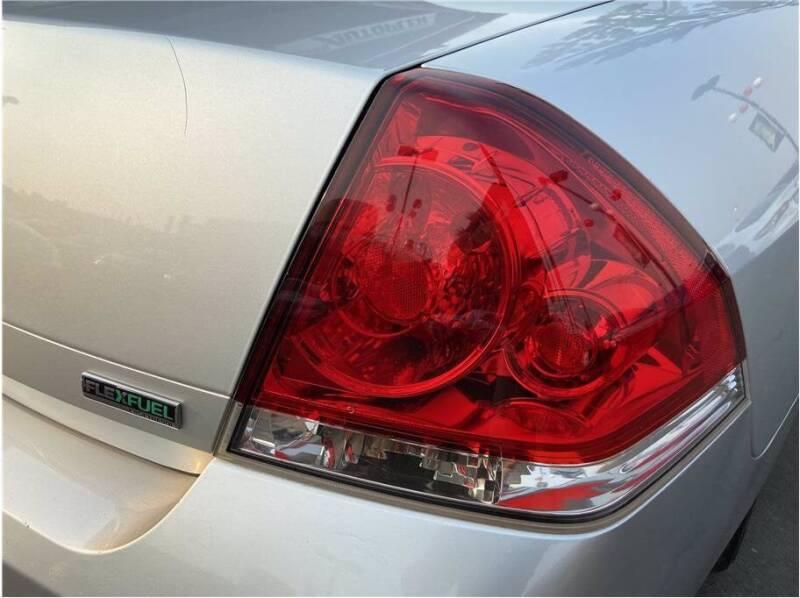 2013 Chevrolet Impala for sale at Carros Usados Fresno in Fresno CA