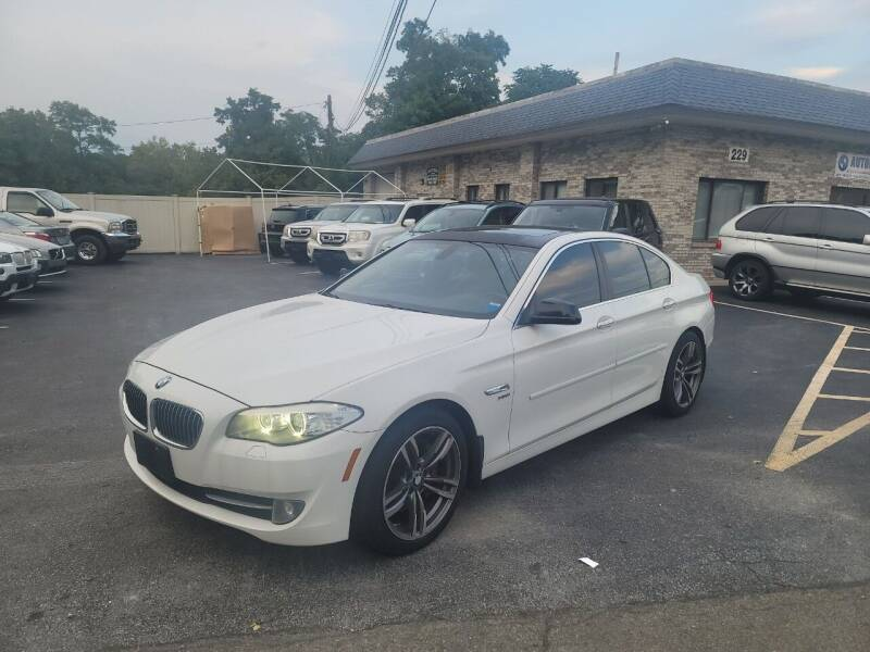 2011 BMW 5 Series for sale at Trade Automotive, Inc in New Windsor NY