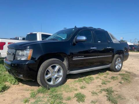 2011 Chevrolet Avalanche for sale at Bulldog Motor Company in Borger TX