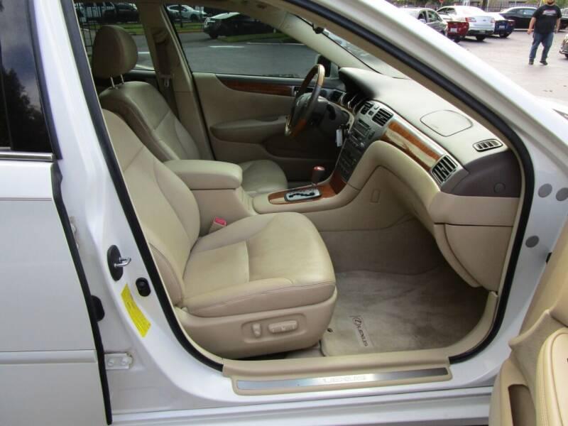 2006 Lexus ES 330 4dr Sedan - Salem OR