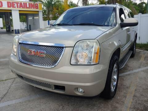 2007 GMC Yukon XL for sale at Autos by Tom in Largo FL