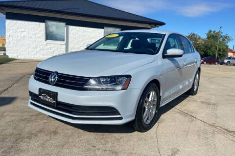 2017 Volkswagen Jetta for sale at Auto House of Bloomington in Bloomington IL