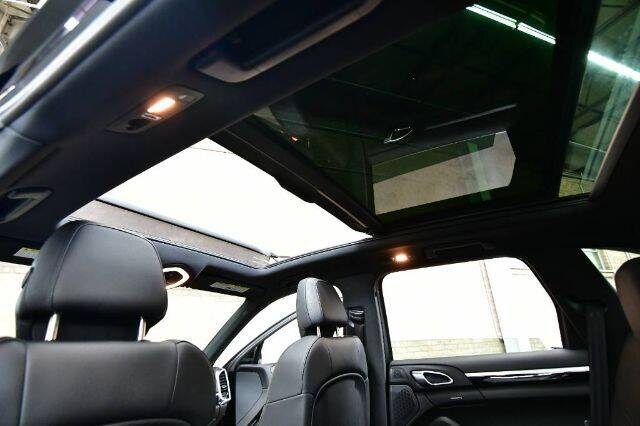 2014 Porsche Cayenne  - Bensenville IL