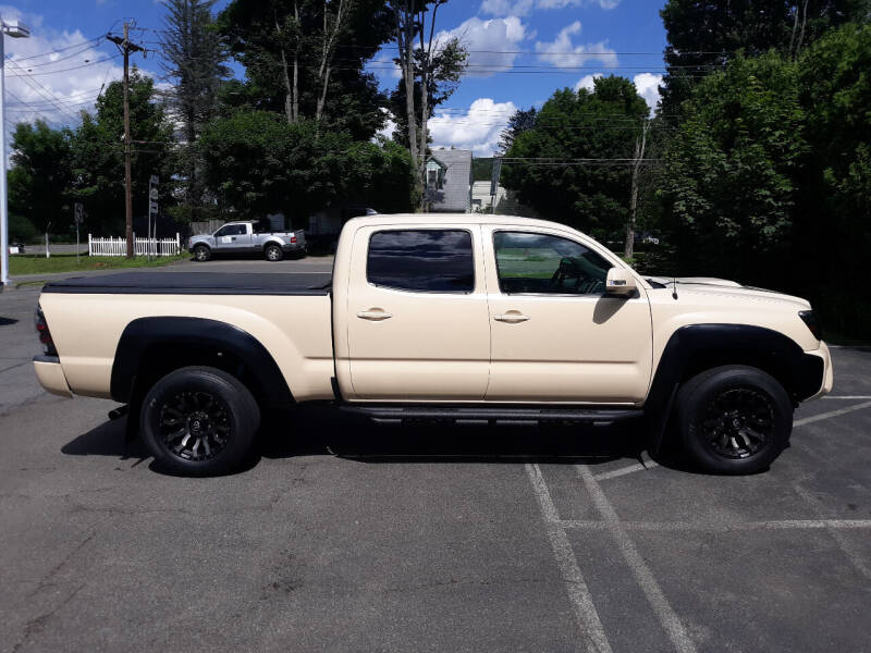 2015 Toyota Tacoma for sale at Feduke Auto Outlet in Vestal NY