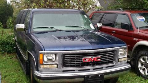 1998 GMC Suburban for sale at New Start Motors LLC in Montezuma IN