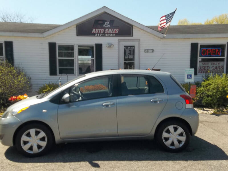 2009 Toyota Yaris for sale at R & L AUTO SALES in Mattawan MI