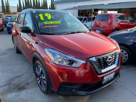 2019 Nissan Kicks for sale at CAR GENERATION CENTER, INC. in Los Angeles CA
