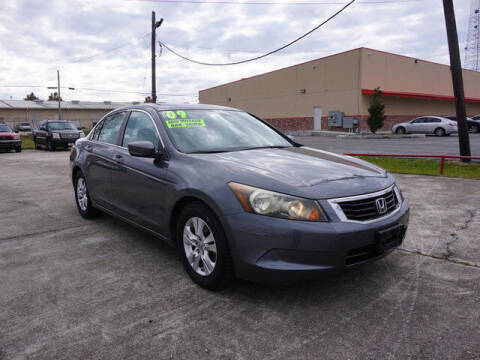 2009 Honda Accord for sale at BLUE RIBBON MOTORS in Baton Rouge LA