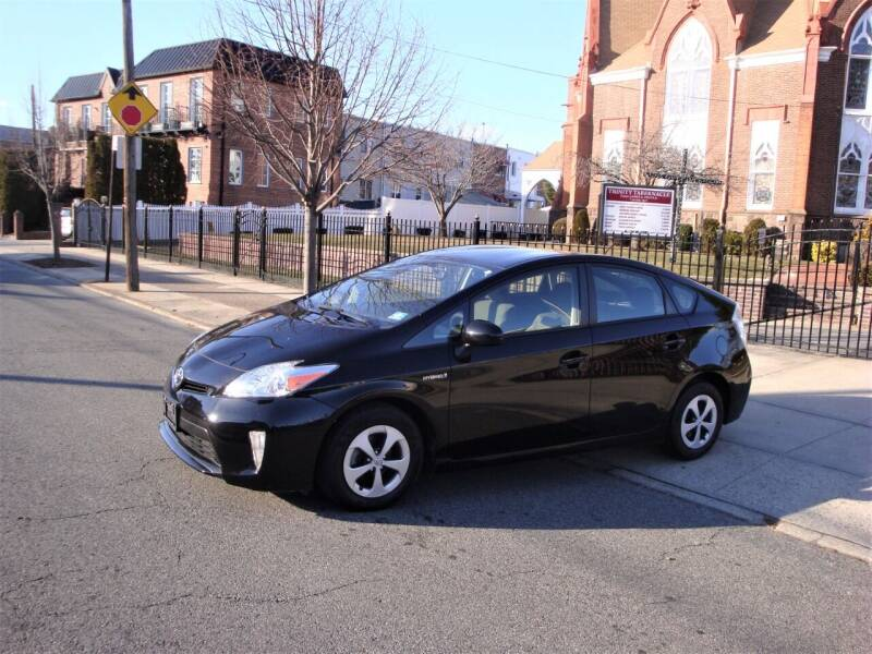 2015 Toyota Prius for sale at Cars Trader in Brooklyn NY