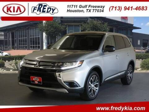 2018 Mitsubishi Outlander for sale at FREDYS CARS FOR LESS in Houston TX