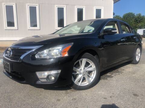 2014 Nissan Altima for sale at Beckham's Used Cars in Milledgeville GA