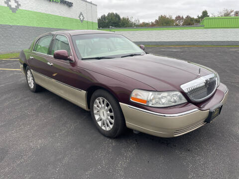 2007 Lincoln Town Car for sale at South Shore Auto Mall in Whitman MA