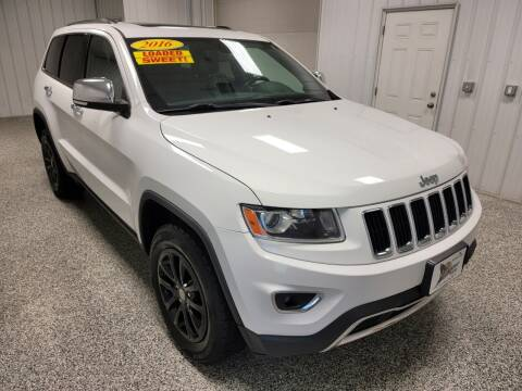 2016 Jeep Grand Cherokee for sale at LaFleur Auto Sales in North Sioux City SD