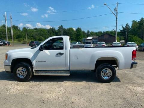 2008 GMC Sierra 2500HD for sale at Upstate Auto Sales Inc. in Pittstown NY
