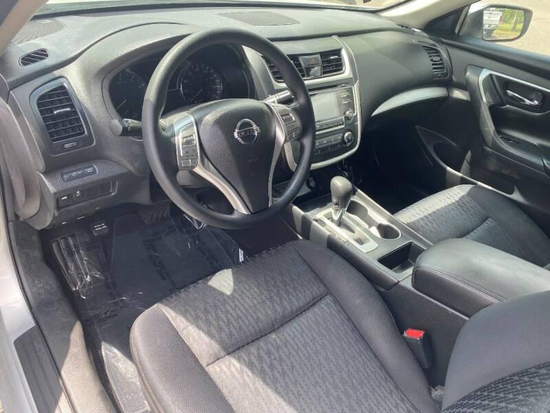2016 Nissan Altima 2.5 4dr Sedan - Woodburn OR