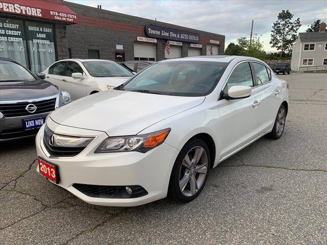 2013 Acura ILX for sale at AutoCredit SuperStore in Lowell MA
