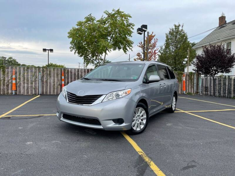 2011 Toyota Sienna for sale in Cleveland, OH