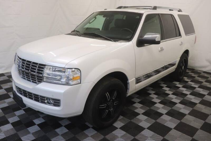 2014 Lincoln Navigator for sale at AH Ride & Pride Auto Group in Akron OH