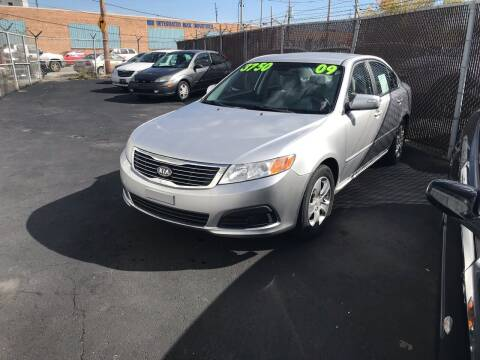 2009 Kia Optima for sale at Square Business Automotive in Milwaukee WI