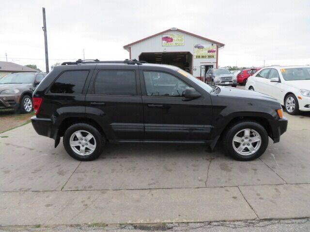 2006 Jeep Grand Cherokee for sale at Jefferson St Motors in Waterloo IA