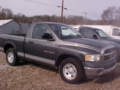 2003 Dodge Ram Pickup 1500 for sale at Bates Auto & Truck Center in Zanesville OH