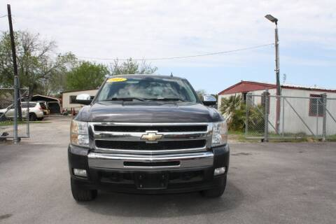2011 Chevrolet Silverado 1500 for sale at Fabela's Auto Sales Inc. in Dickinson TX