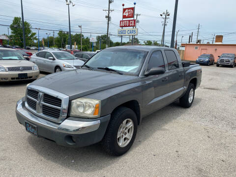 2005 Dodge Dakota for sale at 4th Street Auto in Louisville KY