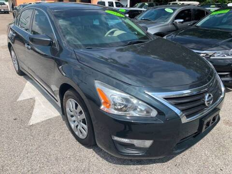 2014 Nissan Altima for sale at Gold Motors Auto Group Inc in Tampa FL