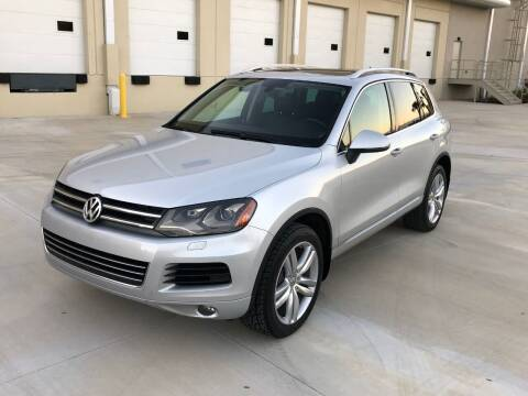2012 Volkswagen Touareg for sale at EUROPEAN AUTO ALLIANCE LLC in Coral Springs FL