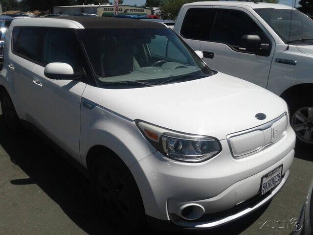 2016 Kia Soul EV for sale at Guy Strohmeiers Auto Center in Lakeport CA