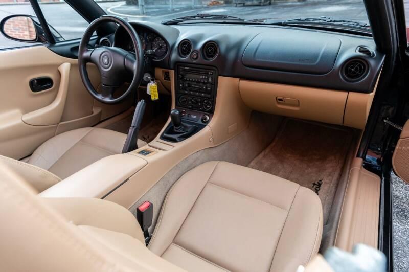 1999 Mazda MX-5 Miata 2dr Convertible - Saint Charles MO