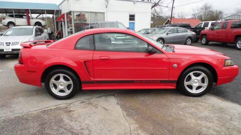 2004 Ford Mustang for sale at G AND J MOTORS in Elkin NC
