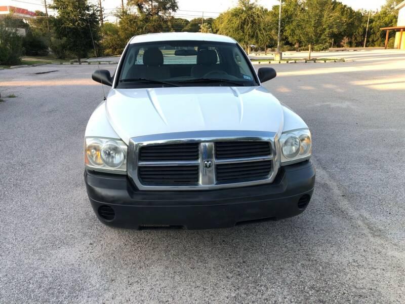 2005 Dodge Dakota for sale at Discount Auto in Austin TX