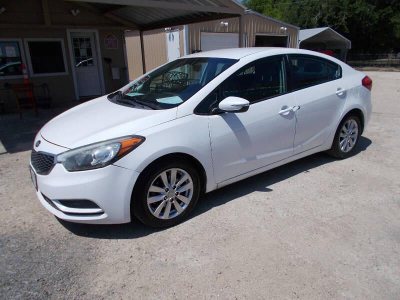 2015 Kia Forte for sale at DISCOUNT AUTOS in Cibolo TX