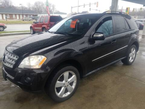 2009 Mercedes-Benz M-Class for sale at Springfield Select Autos in Springfield IL