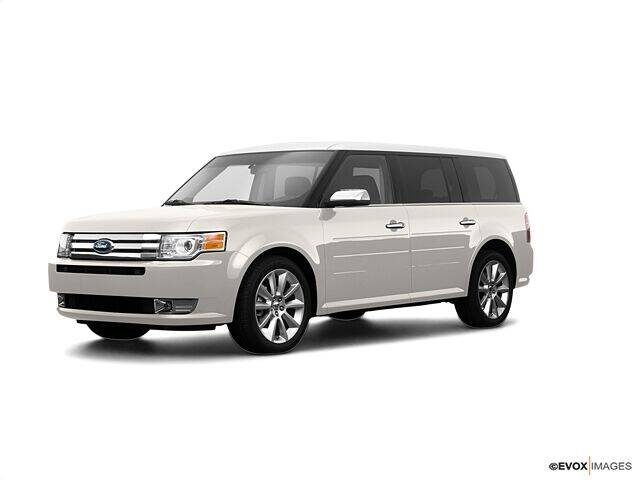 2009 Ford Flex for sale at CHAPARRAL USED CARS in Piney Flats TN