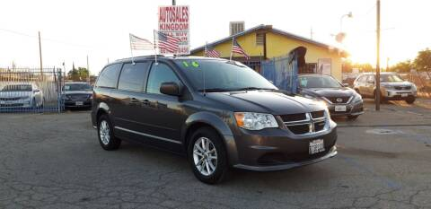 2016 Dodge Grand Caravan for sale at Autosales Kingdom in Lancaster CA