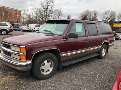 1999 Chevrolet Suburban for sale at Mayer Motors of Pennsburg in Pennsburg PA