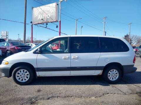 2000 Dodge Grand Caravan for sale at Savior Auto in Independence MO