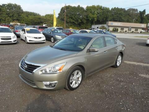 2015 Nissan Altima for sale at Auto Center Elite Vehicles LLC in Spartanburg SC