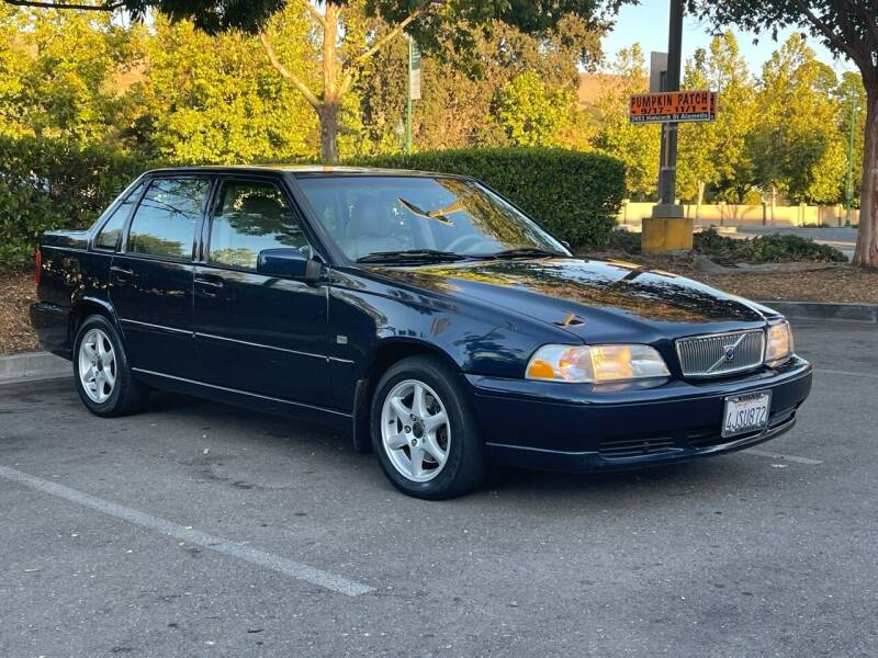 2000 Volvo S70 for sale at CARFORNIA SOLUTIONS in Hayward CA