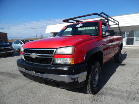 2006 Chevrolet Silverado 2500HD for sale at VEST AUTO SALES in Kansas City MO