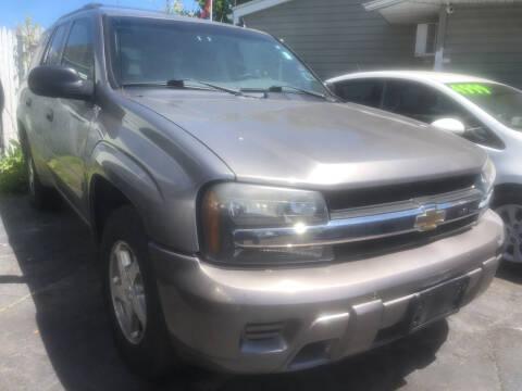 2006 Chevrolet TrailBlazer for sale at Trinity Motors in Lackawanna NY