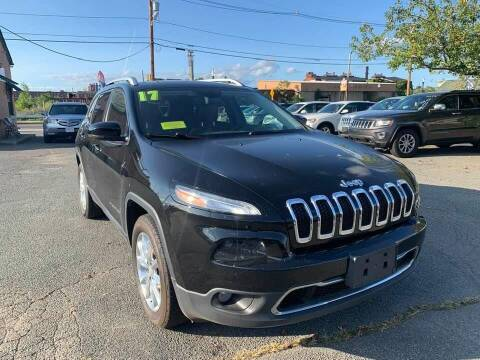 2017 Jeep Cherokee for sale at Merrimack Motors in Lawrence MA