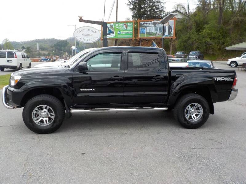 2015 Toyota Tacoma for sale at EAST MAIN AUTO SALES in Sylva NC
