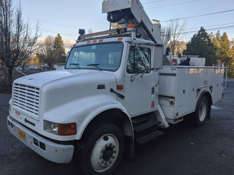 2001 International 4700 for sale at Teddy Bear Auto Sales Inc in Portland OR