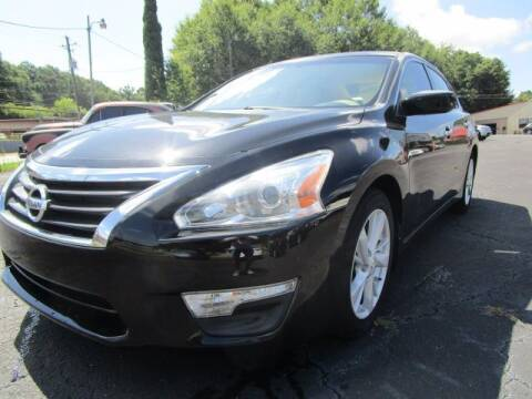 2013 Nissan Altima for sale at Lewis Page Auto Brokers in Gainesville GA