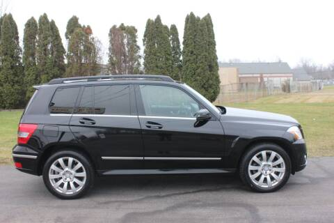 2011 Mercedes-Benz GLK for sale at D & B Auto Sales LLC in Washington Township MI